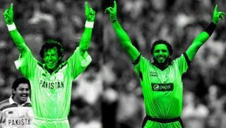 HOW many likes for 2 great KHAN's ??